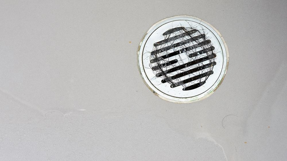 clogged-drain-plumbing-problems.jpg