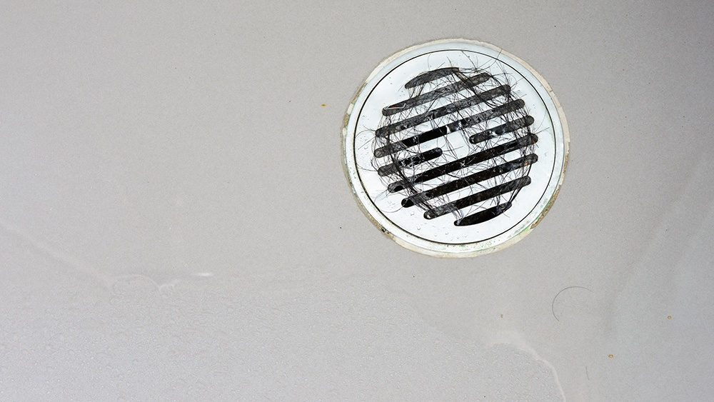 clogged-drain-plumbing-problems