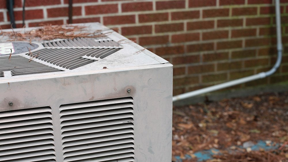 something-wrong-with-air-conditioner.jpg